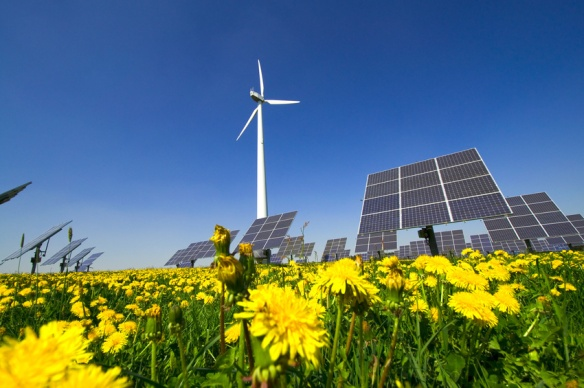 Erneuerbare_Energien_Windrad_Photovoltaikanlage_Biomasse