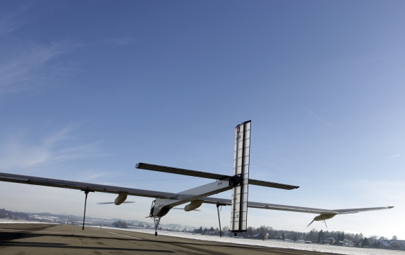 Solar Impulse 1 im Dezember 2009 in Dübendorf